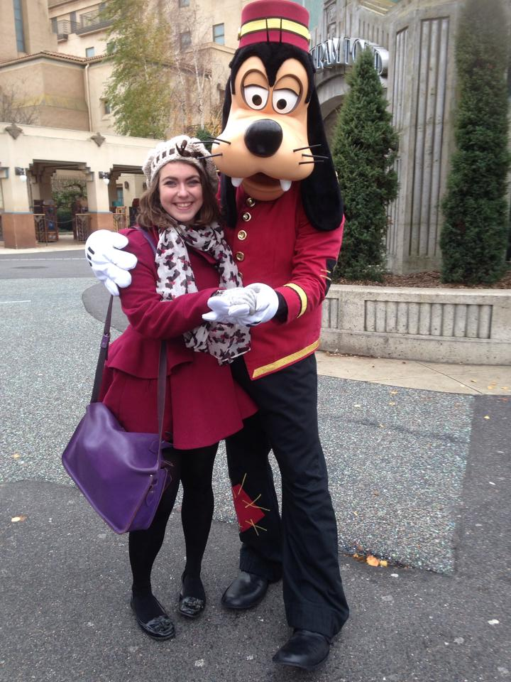 goofy dingo bellhop tower of terror tour de la terreur