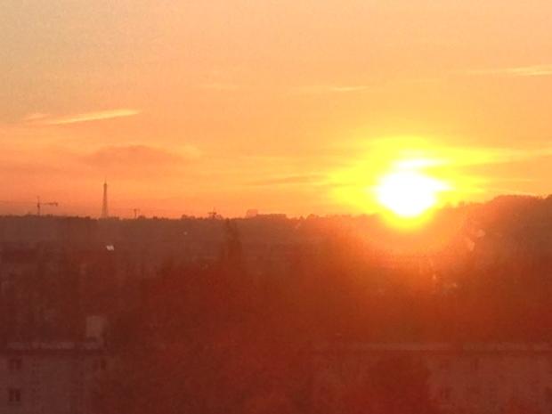 parisian sunrise paris tour eiffel